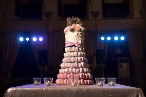 macaroons wedding cake