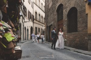 romantic wedding photos in Florence