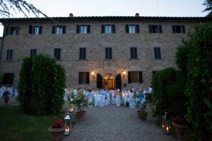 catholic wedding in tuscany - romantic reception