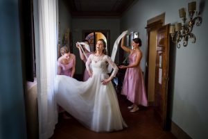 bridal party pictures in Radda in Chianti