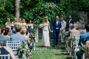 Swedish wedding in tuscany - husband and wife