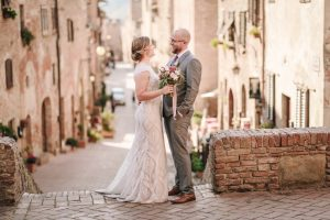 Beautiful Day in Certaldo - elopement full of love