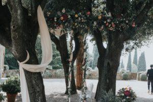 elegant wedding in Florence - glamorous wedding style