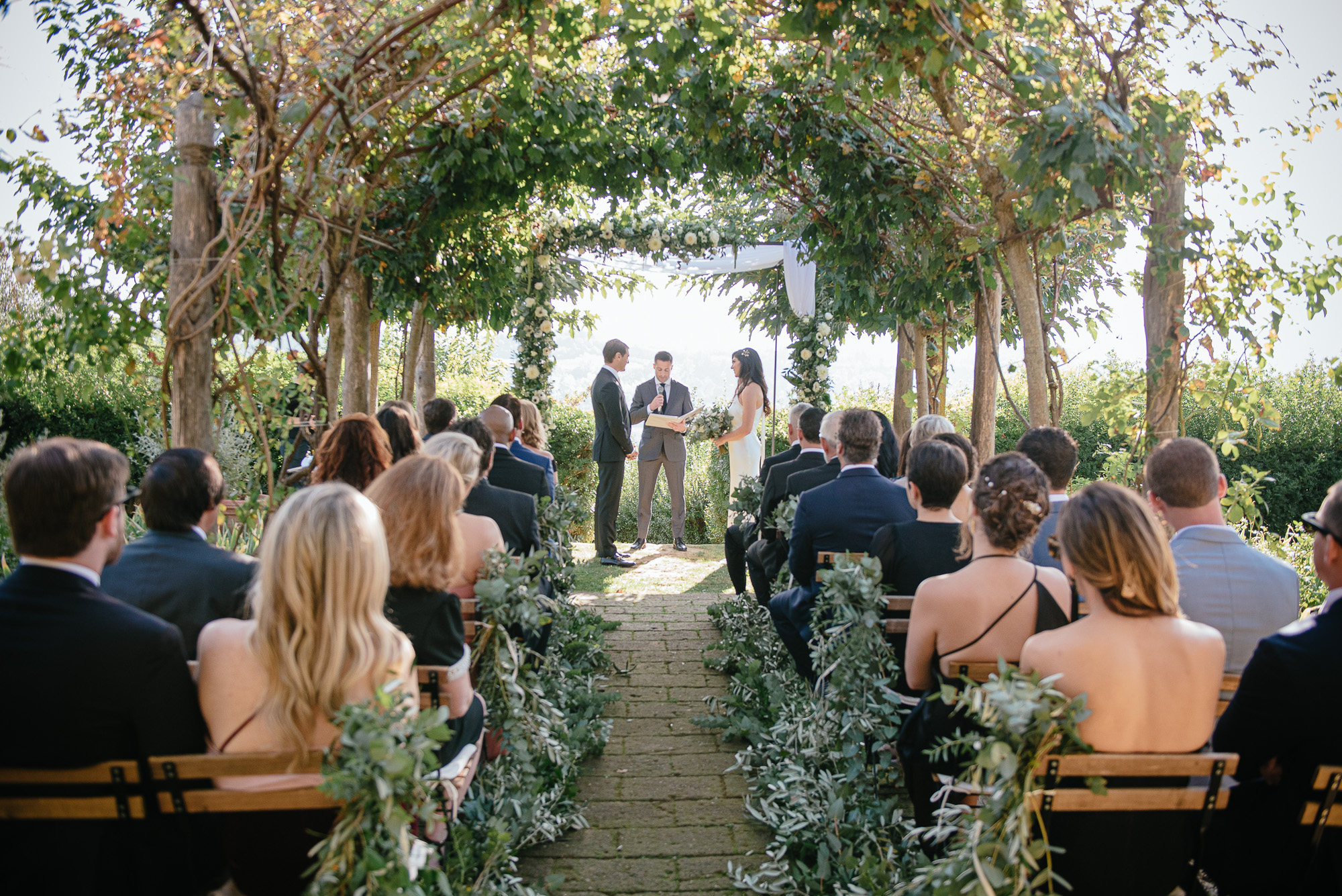 sophisticated wedding in Tuscany - jewish ceremony