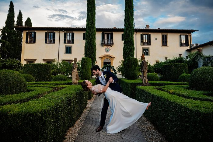 Garden wedding in Florence - couple reveal
