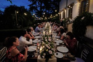 Garden wedding in Florence - family dinner