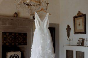 rustic wedding in Tuscany - alexandra grecco wedding dress