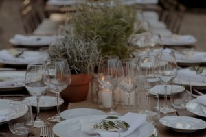 rustic wedding in Tuscany - rustic reception table
