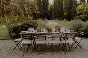 rustic wedding in Tuscany - rustic wedding table decorations