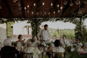 Wedding with a bump in Tuscany and the groom speach