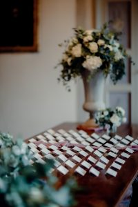 Classy wedding in florence - escort cards display