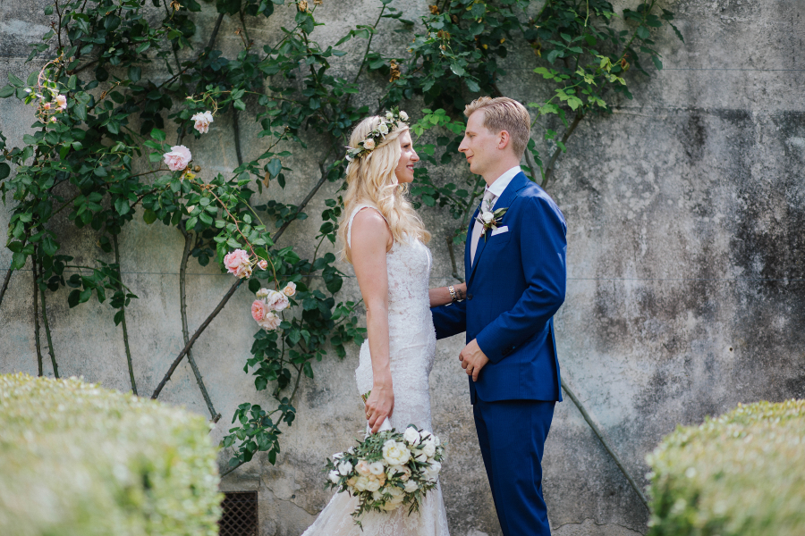 How long plan destination wedding - marika and henirk in an italian garden in florence
