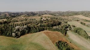 Katia Casprini - drone wedding - countryside in chianti