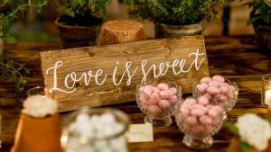 wooden wedding signs - calligraphy board to decorate the confetti table