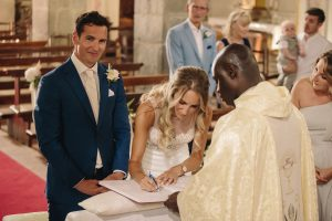 marriage abroad - catholic wedding with legal value in chianti