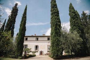 stress free destination wedding - private villa in tuscany