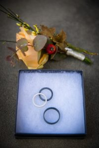 civil elopement florence -handmaid and sustainable wedding rings
