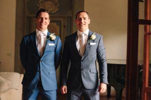 intimate catholic wedding Tuscany - groom and his twin brother