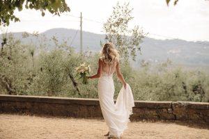 intimate catholic wedding Tuscany - bride after the mass