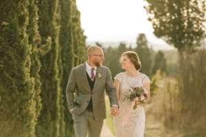 glamorous elopement Italy - countryside couples' picture in italy