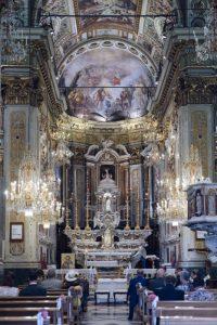 seaside wedding Italy - catholic ceremony