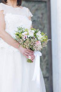 seaside wedding Italy - bouquet of the bride