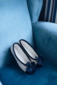 seaside wedding Italy - ballerina as second pair of shoes