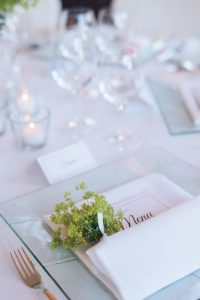 seaside wedding Italy - name cards with flowers