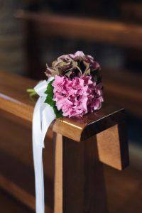 seaside wedding Italy - pews' bouquet